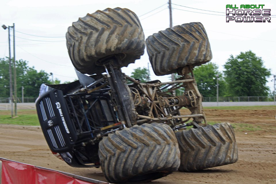 16-all-about-horsepower-photos-4-wheel-jamboree-nationals-lima-ohio-2019-general-tire-monster-truck-thunder-drags.jpg