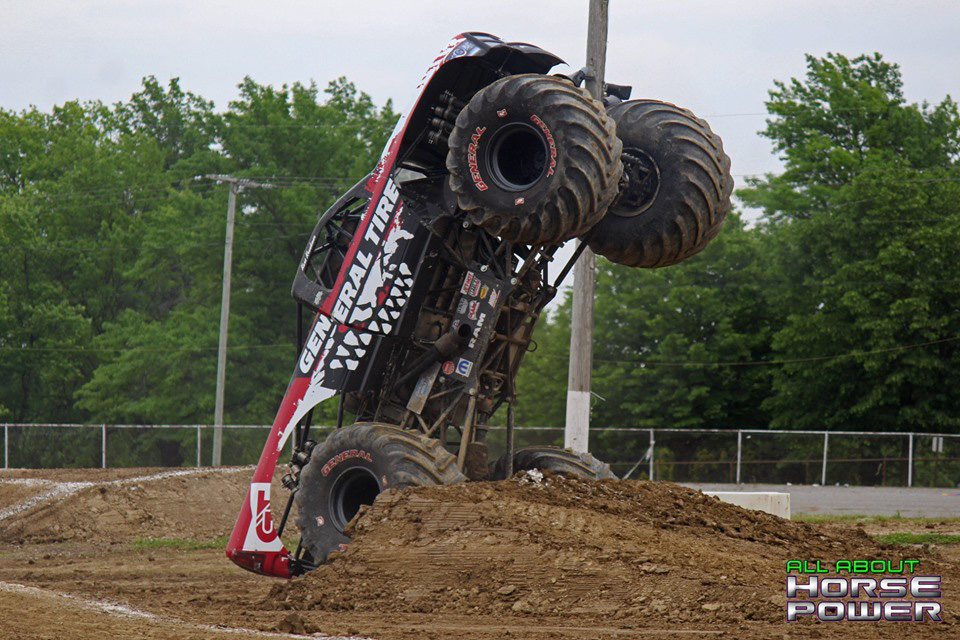 18-all-about-horsepower-photos-4-wheel-jamboree-nationals-lima-ohio-2019-general-tire-monster-truck-thunder-drags.jpg