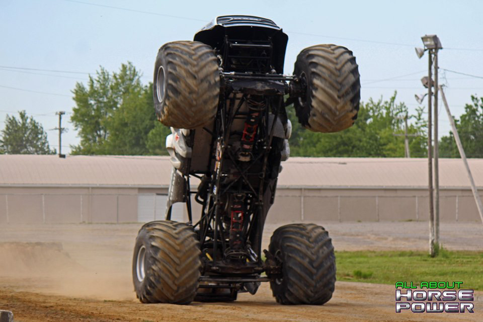 30-all-about-horsepower-photos-4-wheel-jamboree-nationals-lima-ohio-2019-general-tire-monster-truck-thunder-drags.jpg