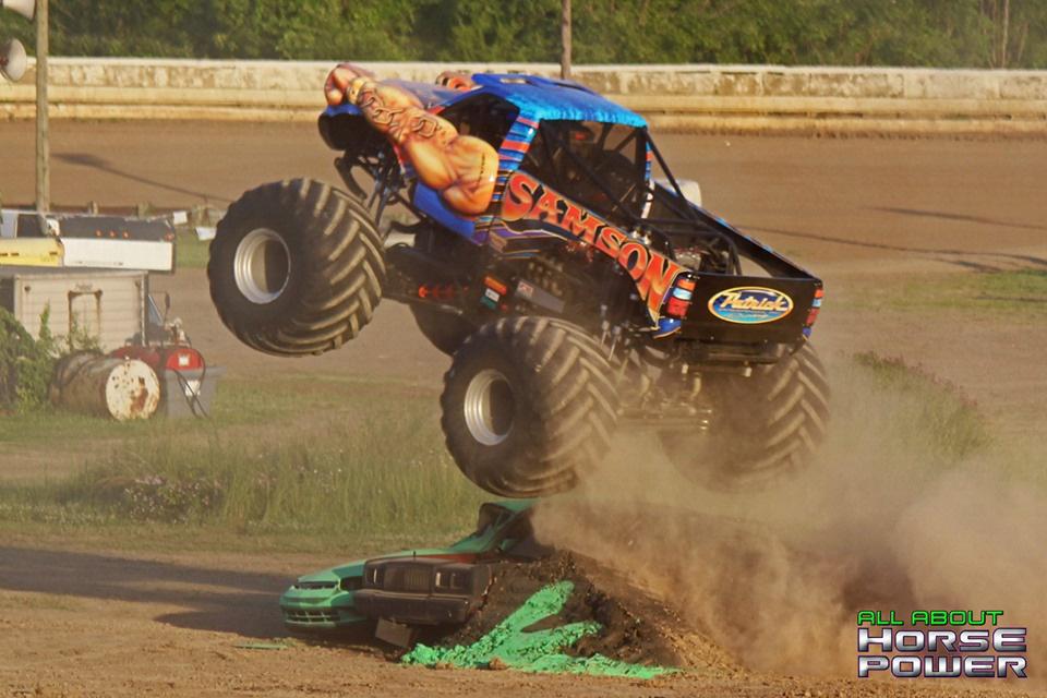 17-all-about-horsepower-photography-monster-truck-photos-pittsburghs-pennsylvania-motor-speedway-2019.jpg