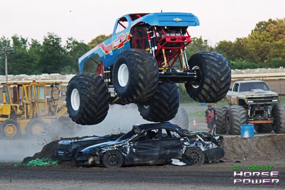 21-all-about-horsepower-photography-monster-truck-photos-pittsburghs-pennsylvania-motor-speedway-2019.jpg