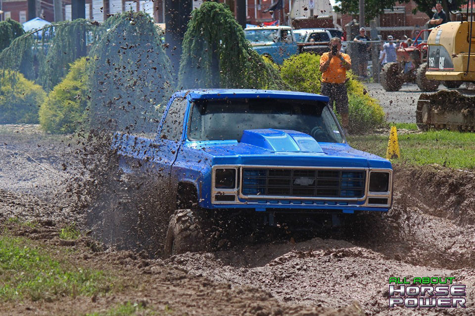 02-all-about-horsepower-photography-4-wheel-jamboree-nationals-bloomsburg-monster-truck-racing-freestyle.jpg