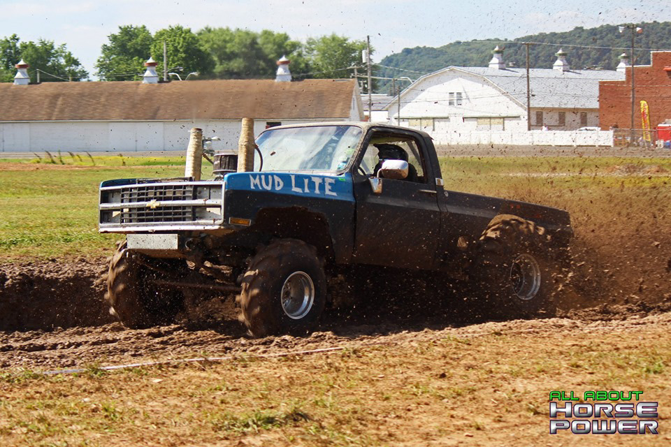 07-all-about-horsepower-photography-4-wheel-jamboree-nationals-bloomsburg-monster-truck-racing-freestyle.jpg