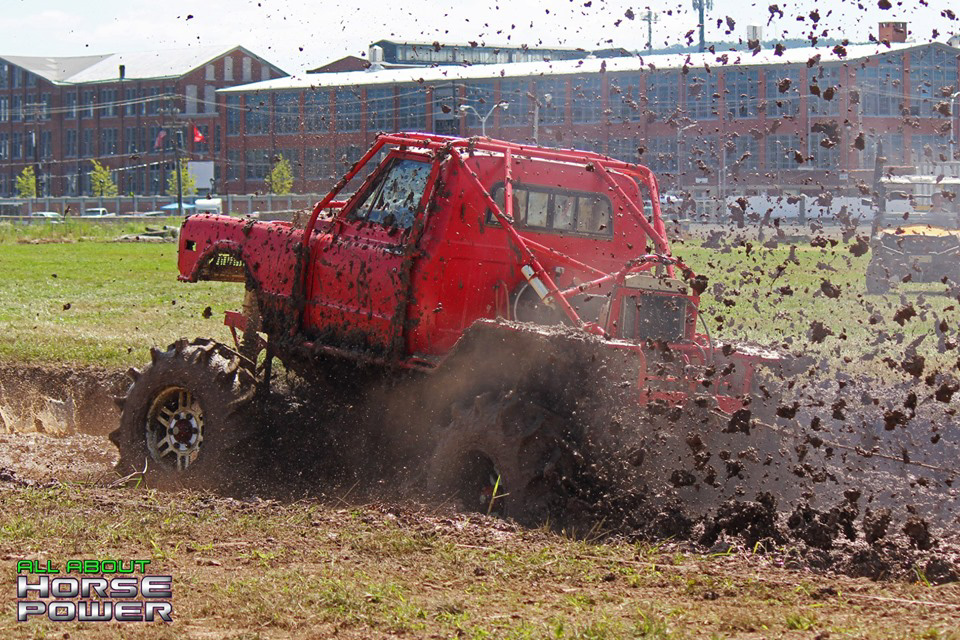 09-all-about-horsepower-photography-4-wheel-jamboree-nationals-bloomsburg-monster-truck-racing-freestyle.jpg