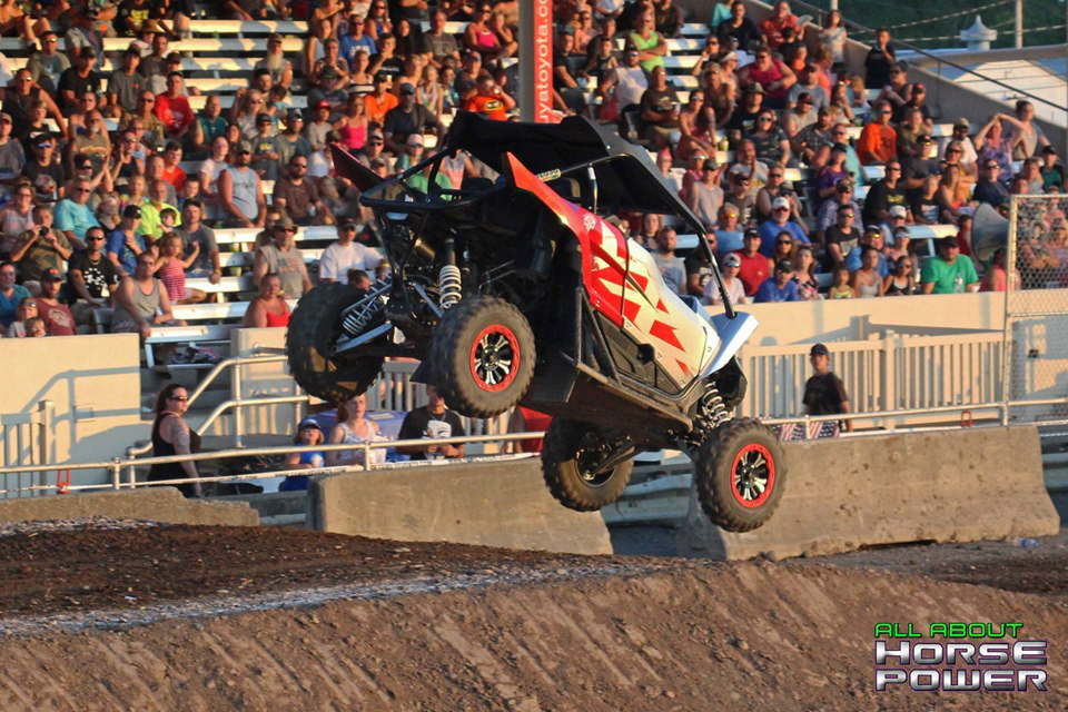 33-all-about-horsepower-photography-4-wheel-jamboree-nationals-bloomsburg-monster-truck-racing-freestyle.jpg