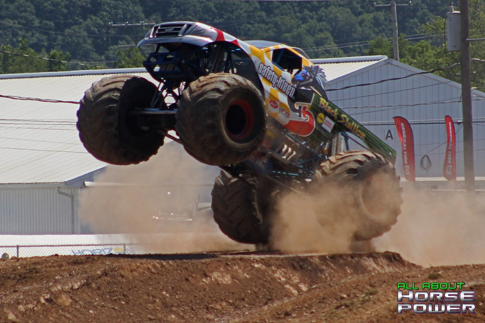 68-all-about-horsepower-photography-4-wheel-jamboree-nationals-bloomsburg-monster-truck-racing-freestyle.jpg