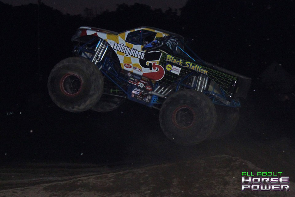 70-all-about-horsepower-photography-4-wheel-jamboree-nationals-bloomsburg-monster-truck-racing-freestyle.jpg