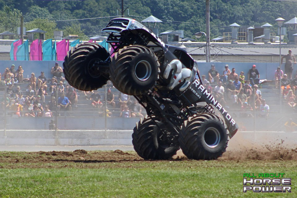87-all-about-horsepower-photography-4-wheel-jamboree-nationals-bloomsburg-monster-truck-racing-freestyle.jpg