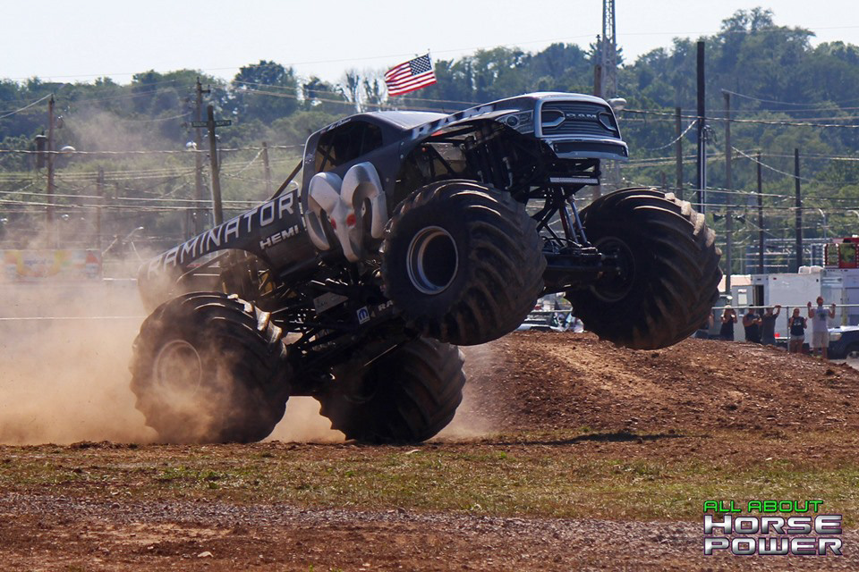 88-all-about-horsepower-photography-4-wheel-jamboree-nationals-bloomsburg-monster-truck-racing-freestyle.jpg