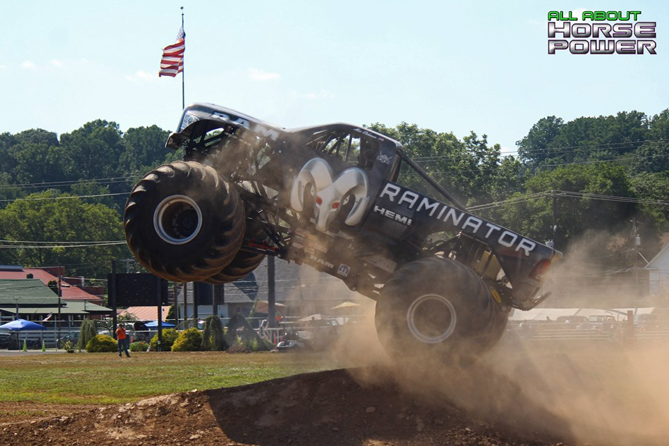 90-all-about-horsepower-photography-4-wheel-jamboree-nationals-bloomsburg-monster-truck-racing-freestyle.jpg