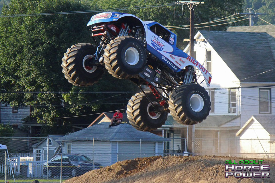 93-all-about-horsepower-photography-4-wheel-jamboree-nationals-bloomsburg-monster-truck-racing-freestyle.jpg