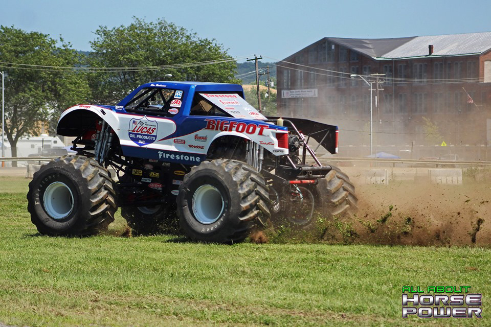 94-all-about-horsepower-photography-4-wheel-jamboree-nationals-bloomsburg-monster-truck-racing-freestyle.jpg