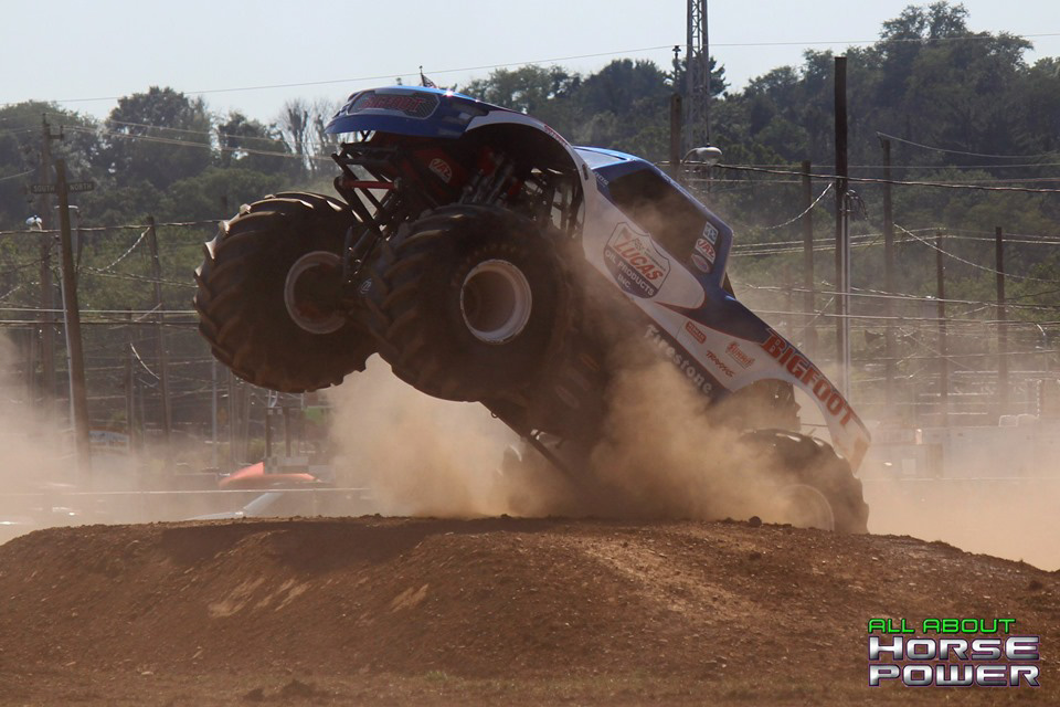 100-all-about-horsepower-photography-4-wheel-jamboree-nationals-bloomsburg-monster-truck-racing-freestyle.jpg