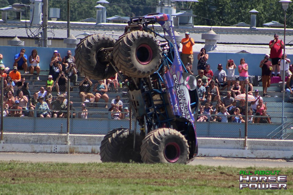 107-all-about-horsepower-photography-4-wheel-jamboree-nationals-bloomsburg-monster-truck-racing-freestyle.jpg