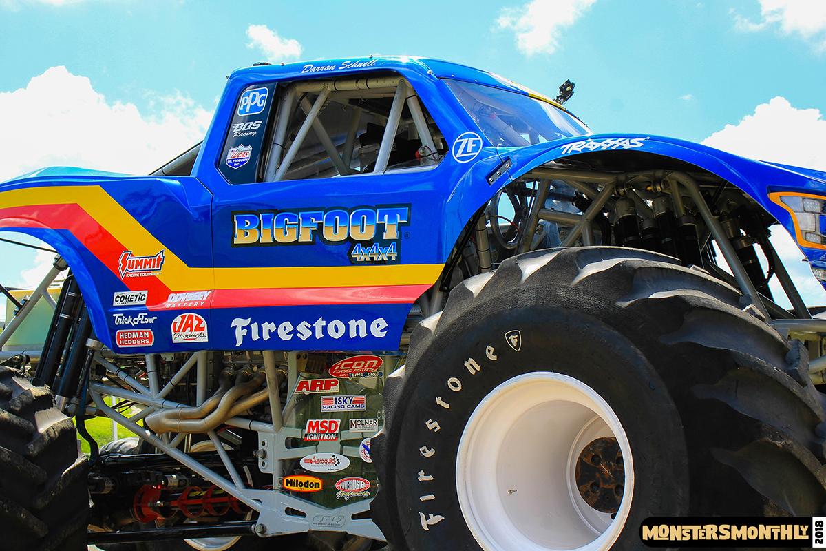 08-monsters-monthly-circle-k-back-to-school-monster-truck-bash-the-dirt-track-race-charlotte-north-carolina-2018-bigfoot.jpg
