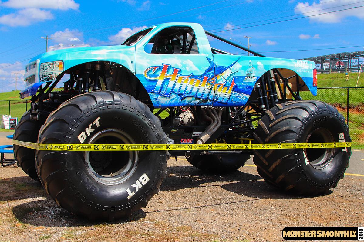 16-monsters-monthly-circle-k-back-to-school-monster-truck-bash-the-dirt-track-race-charlotte-north-carolina-2018-bigfoot6.jpg