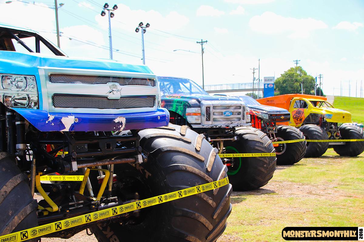 17-monsters-monthly-circle-k-back-to-school-monster-truck-bash-the-dirt-track-race-charlotte-north-carolina-2018-bigfoot7.jpg