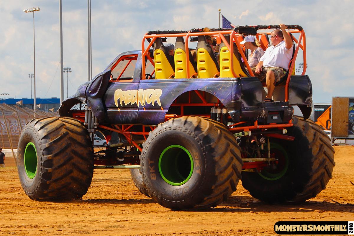 25-monsters-monthly-circle-k-back-to-school-monster-truck-bash-the-dirt-track-race-charlotte-north-carolina-2018-bigfoot5.jpg