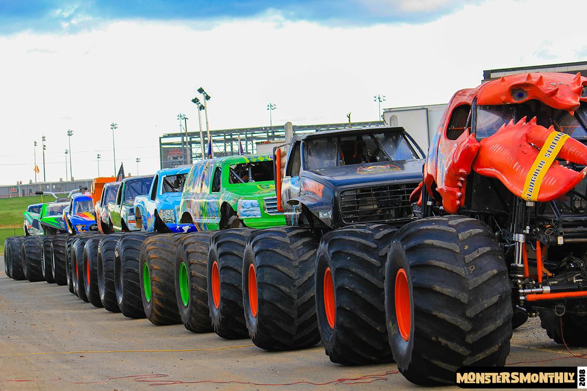 28-monsters-monthly-circle-k-back-to-school-monster-truck-bash-the-dirt-track-race-charlotte-north-carolina-2018-bigfoot8.jpg