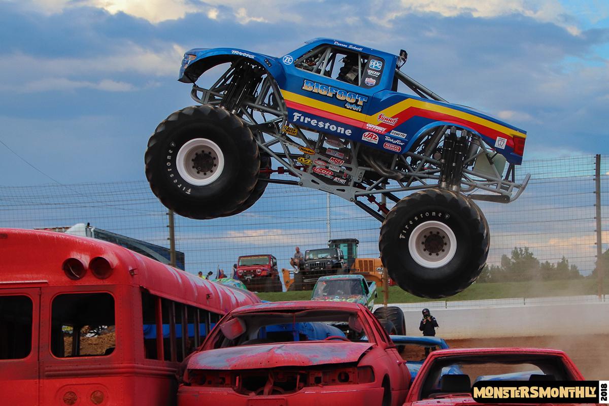 34-monsters-monthly-circle-k-back-to-school-monster-truck-bash-the-dirt-track-race-charlotte-north-carolina-2018-bigfoot4.jpg