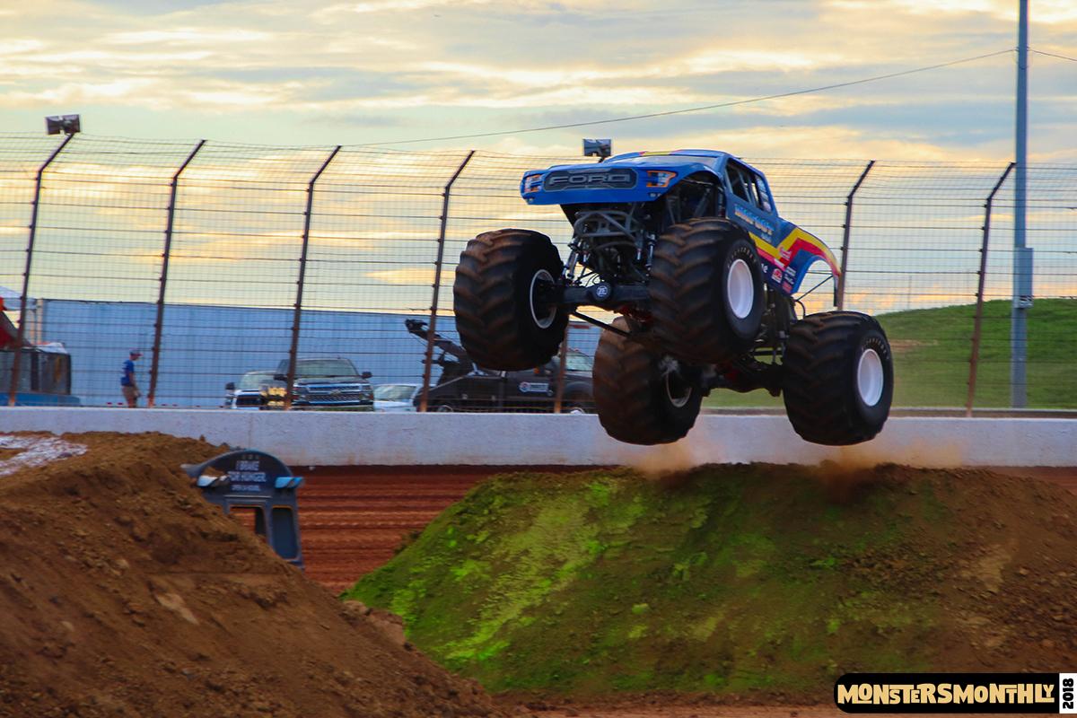 35-monsters-monthly-circle-k-back-to-school-monster-truck-bash-the-dirt-track-race-charlotte-north-carolina-2018-bigfoot5.jpg