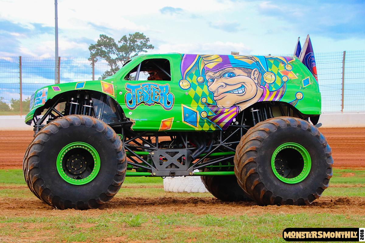 39-monsters-monthly-circle-k-back-to-school-monster-truck-bash-the-dirt-track-race-charlotte-north-carolina-2018-bigfoot9.jpg