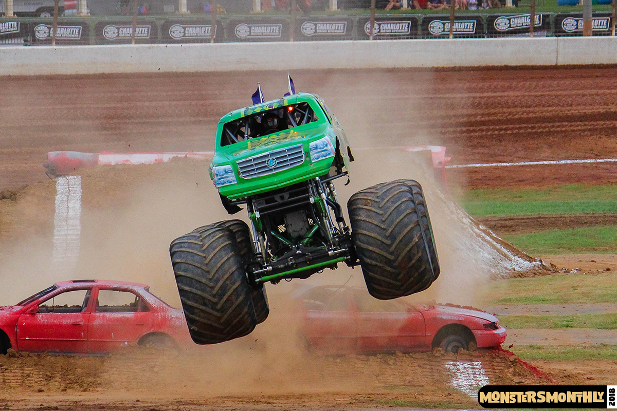 42-monsters-monthly-circle-k-back-to-school-monster-truck-bash-the-dirt-track-race-charlotte-north-carolina-2018-bigfoot2.jpg