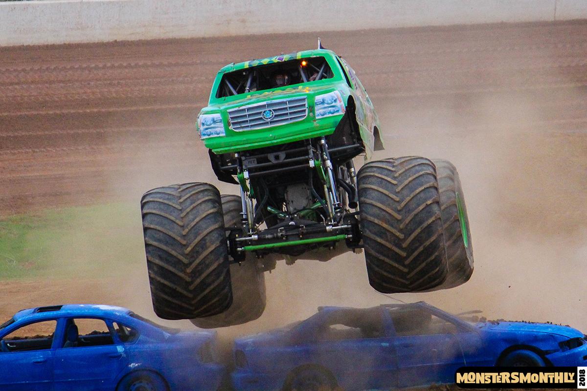 43-monsters-monthly-circle-k-back-to-school-monster-truck-bash-the-dirt-track-race-charlotte-north-carolina-2018-bigfoot3.jpg