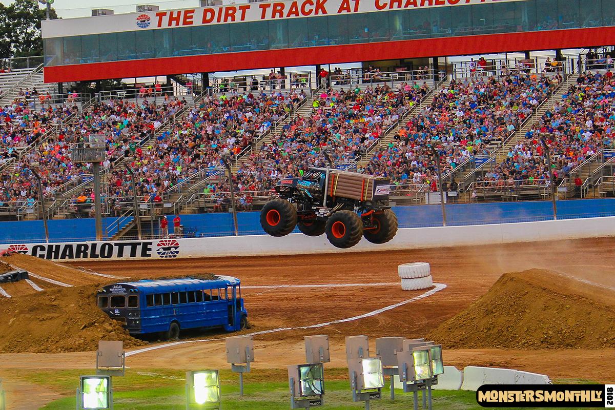 48-monsters-monthly-circle-k-back-to-school-monster-truck-bash-the-dirt-track-race-charlotte-north-carolina-2018-bigfoot8.jpg