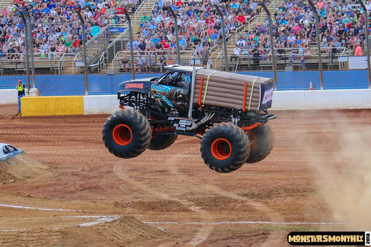49-monsters-monthly-circle-k-back-to-school-monster-truck-bash-the-dirt-track-race-charlotte-north-carolina-2018-bigfoot9.jpg