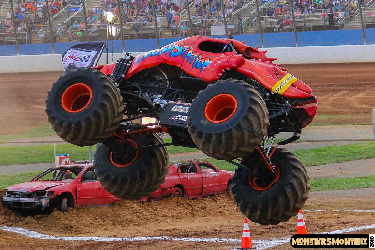 55-monsters-monthly-circle-k-back-to-school-monster-truck-bash-the-dirt-track-race-charlotte-north-carolina-2018-bigfoot5.jpg