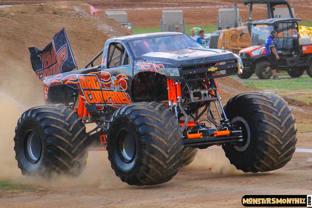 72-monsters-monthly-circle-k-back-to-school-monster-truck-bash-the-dirt-track-race-charlotte-north-carolina-2018-bigfoot2.jpg