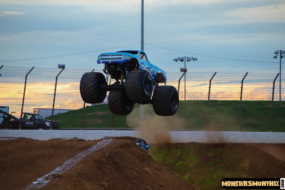 79-monsters-monthly-circle-k-back-to-school-monster-truck-bash-the-dirt-track-race-charlotte-north-carolina-2018-bigfoot9.jpg