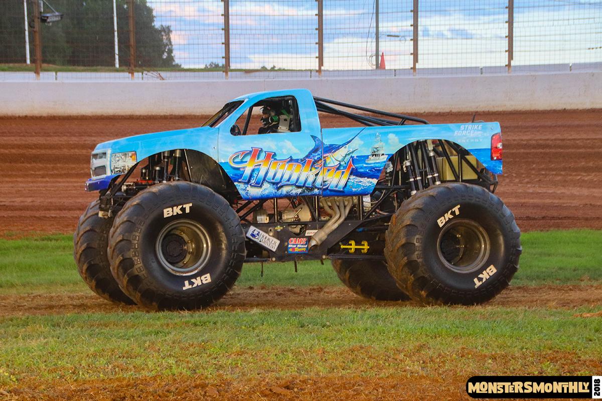 78-monsters-monthly-circle-k-back-to-school-monster-truck-bash-the-dirt-track-race-charlotte-north-carolina-2018-bigfoot8.jpg