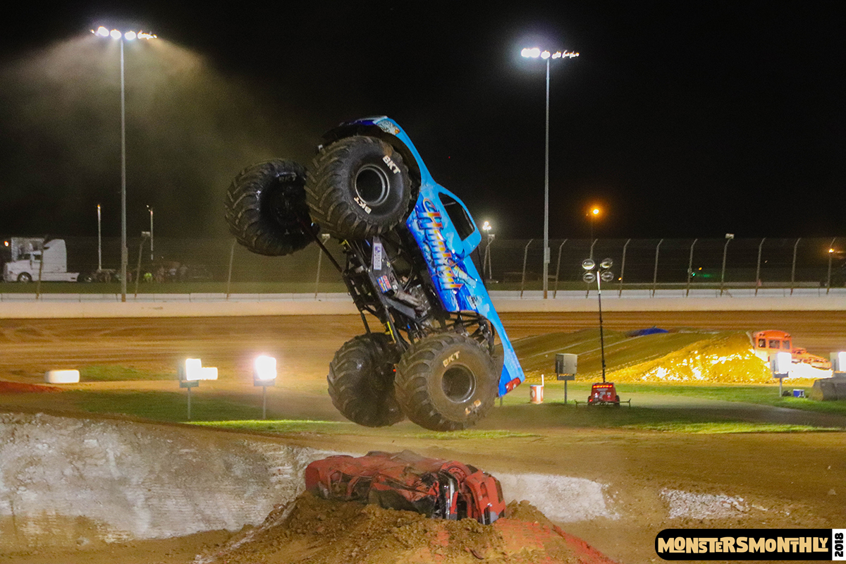 101-monsters-monthly-circle-k-back-to-school-monster-truck-bash-the-dirt-track-race-charlotte-north-carolina-2018-bigfoot01.jpg