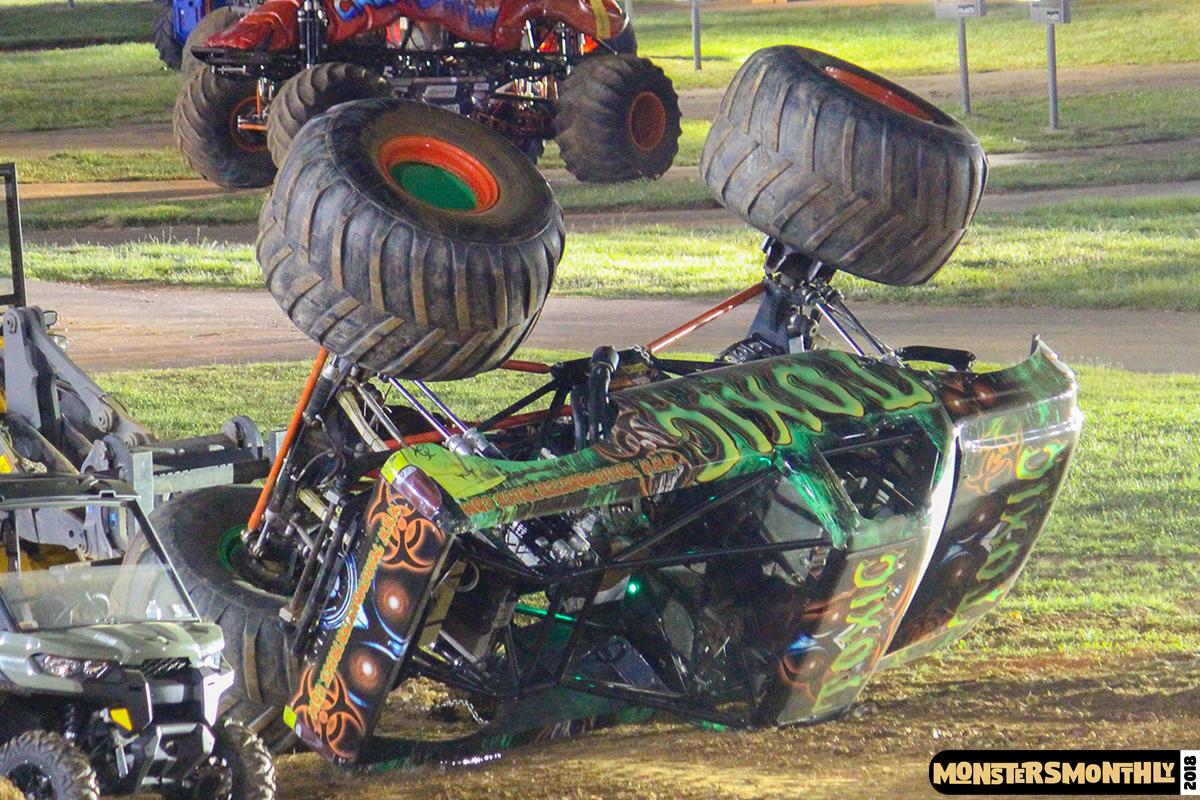 110-monsters-monthly-circle-k-back-to-school-monster-truck-bash-the-dirt-track-race-charlotte-north-carolina-2018-bigfoot10.jpg