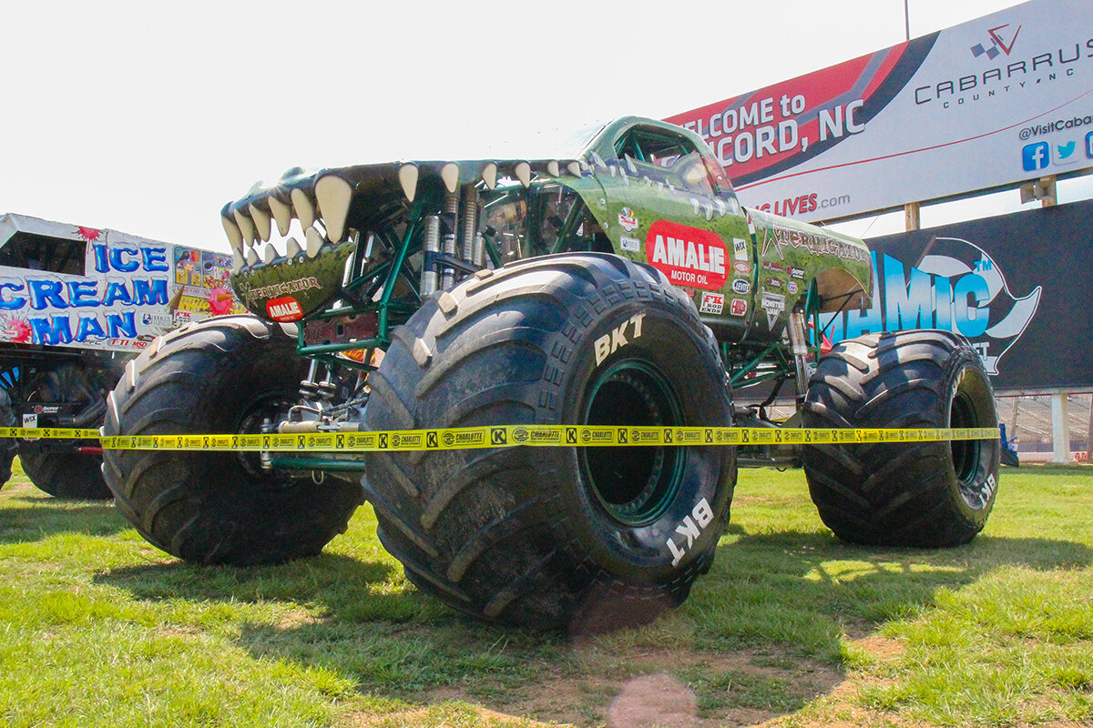 07-monsters-monthly-back-to-school-monster-truck-bash-the-dirt-track-charlotte-2019.jpg