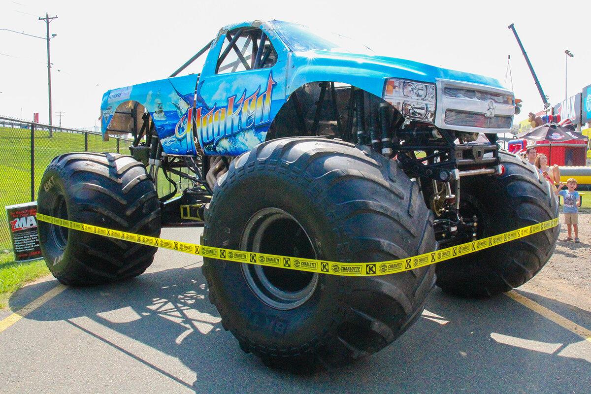 13-monsters-monthly-back-to-school-monster-truck-bash-the-dirt-track-charlotte-2019.jpg