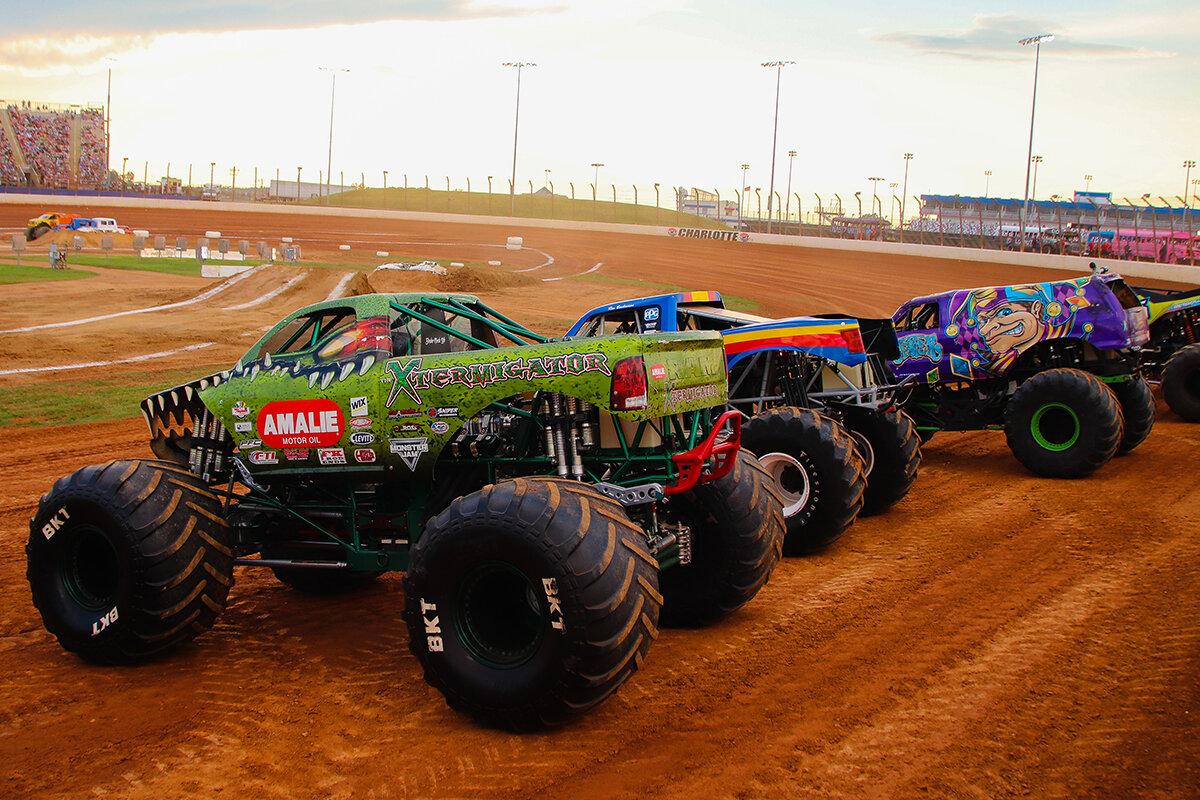 29-monsters-monthly-back-to-school-monster-truck-bash-the-dirt-track-charlotte-2019.jpg
