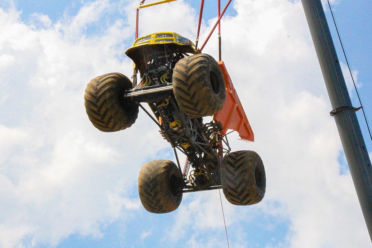 The Dirt Crew Monster Truck