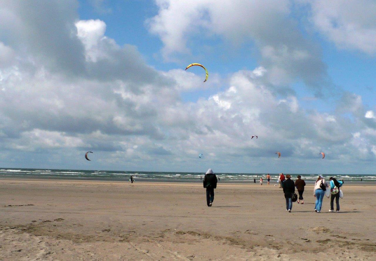 ISK2009 - Dänemark m Sommerakademie - Röm - Strand Kites.jpg