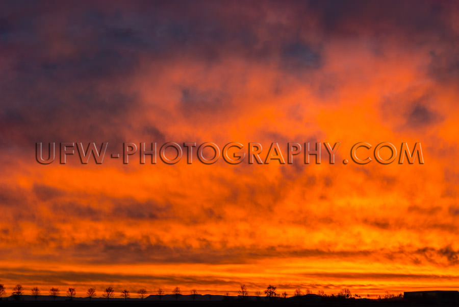 Awesome orange red sunrise sunset fiery burning sky clouds XXL S