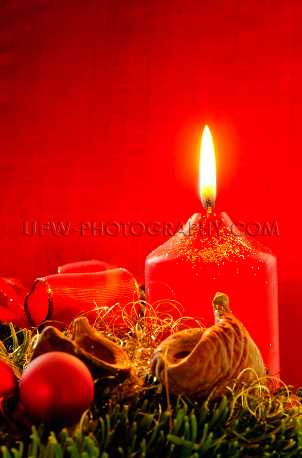 Xmas decoration, burning candle, bauble, ribbon, fir twig, Red b