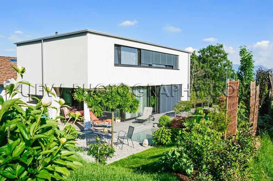 Einfamilienhaus Modern Zeitgenössisch Schön Garten Pool Stock