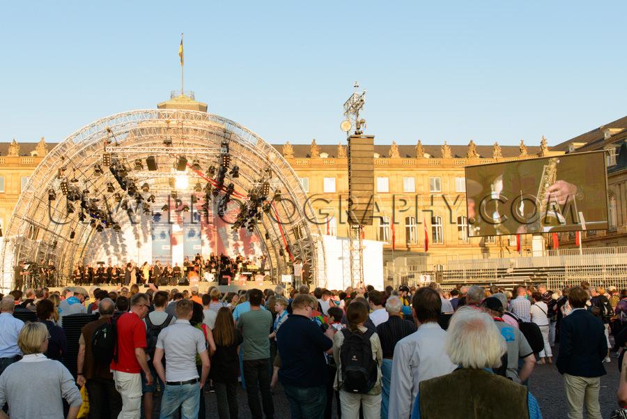 Im Freien Bigband Menge Bühne Orchester Publikum Bildschirm Sto