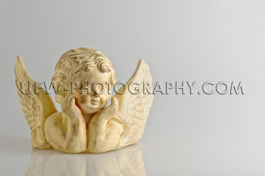 Engelsfigur Putte Gold Beige Ellenbogen Flügel Weihnachten Nied