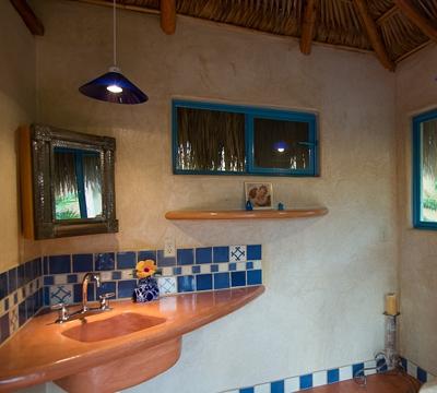 09.GardenHome.Bath.jpg