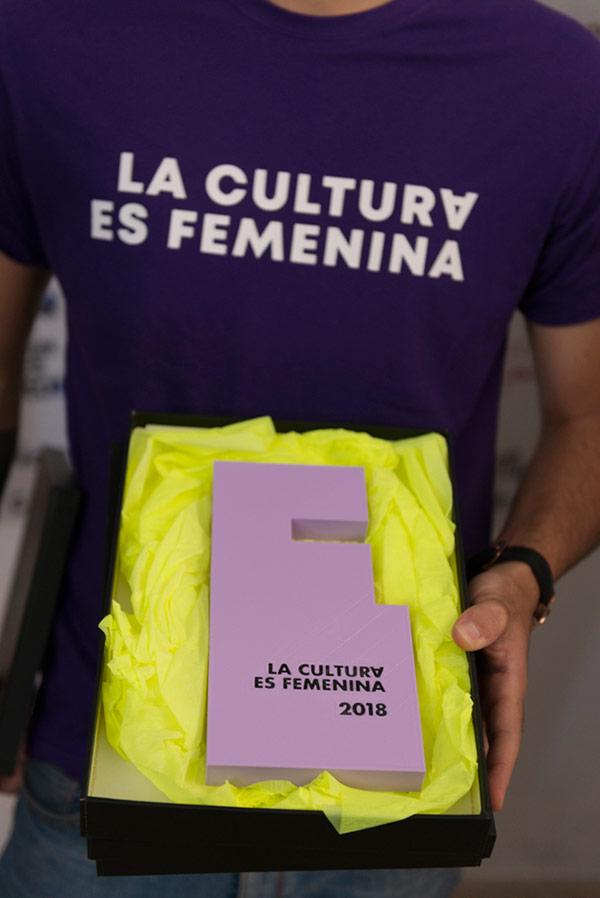 La-Cultura-es-Femenina-def-(28-de-127)sm.jpg