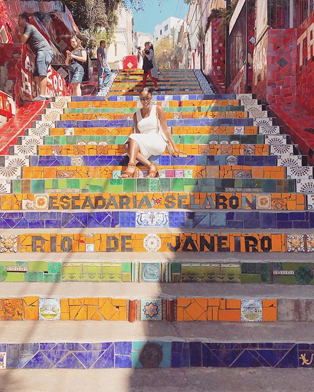 fun fact: one of Rio's most famous sights was designed by a Chilean artist who settled in Rio. it features tiles from around the globe 🇨🇱🇧🇷🌎