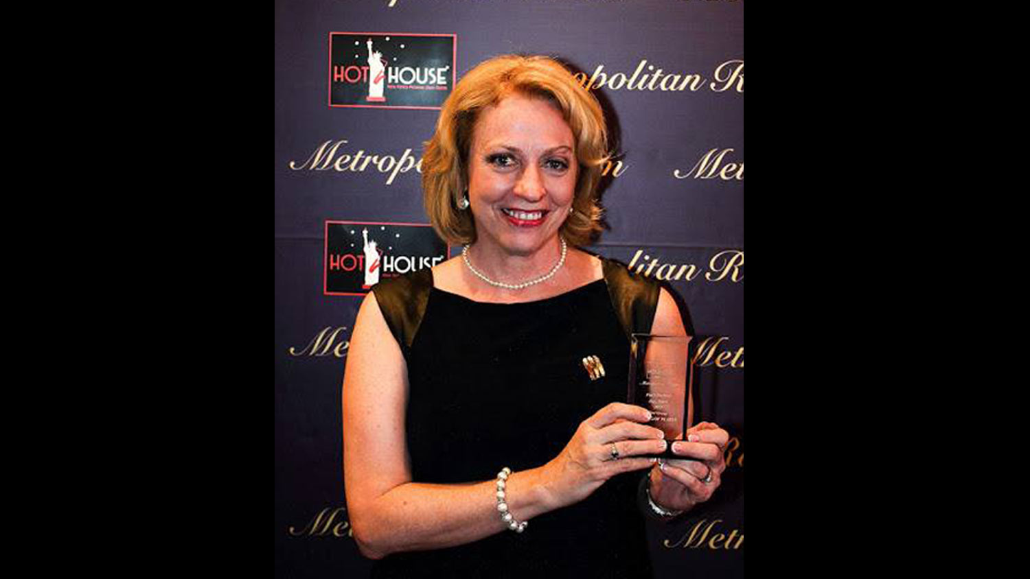 "Jeanne accepting String of Pearls ' award for ""Best Group"" in the 2015 Hot House Jazz / Metropolitan Room NYC Jazz Fans Decision"